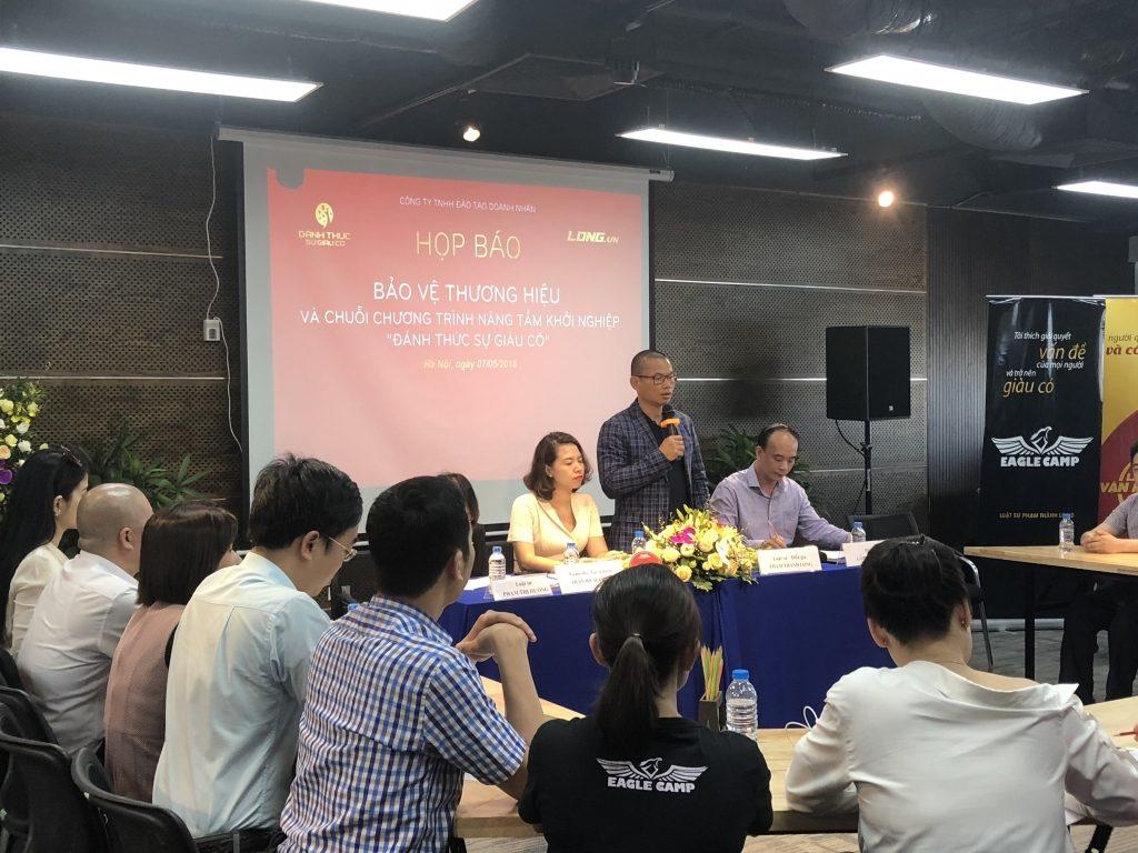 Luật sư Phạm Thành Long chia sẻ