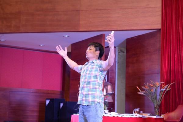 Diễn giả Phạm Thành Long - Đánh thức sự giàu có