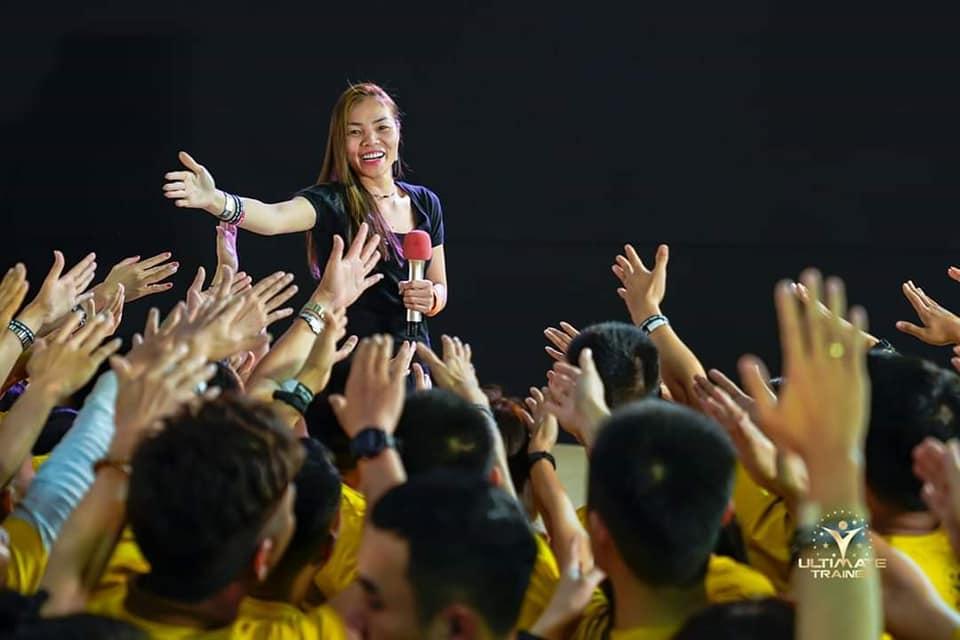 Hientje Nguyen tự tin giao lưu cùng khán giả