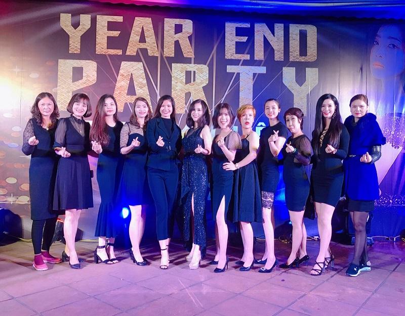 Phạm Thùy Dung kinh doanh Hera cùng đội nhóm