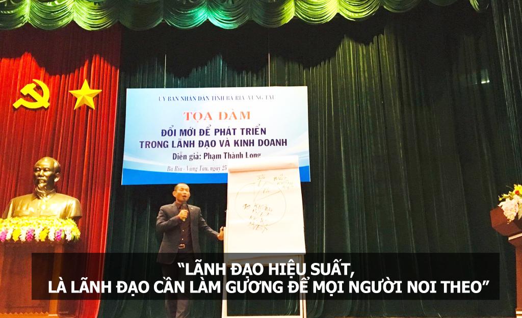 Phạm Thành Long nói chuyện với lãnh đạo Vũng Tàu