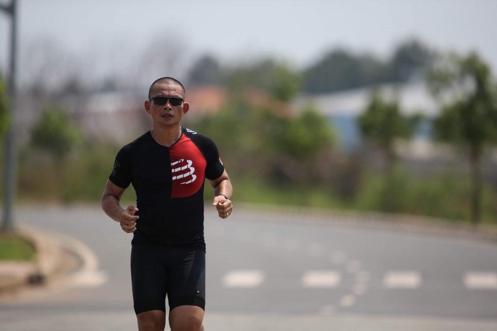Phạm Thành Long IronMan 70.3 Đà Nẵng - Luyện tập chạy bộ sẽ làm cơ thể bạn biến đổi, giảm mỡ, tăng cơ