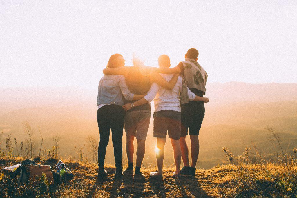 Thay đổi nhóm bạn bè để cai nghiện