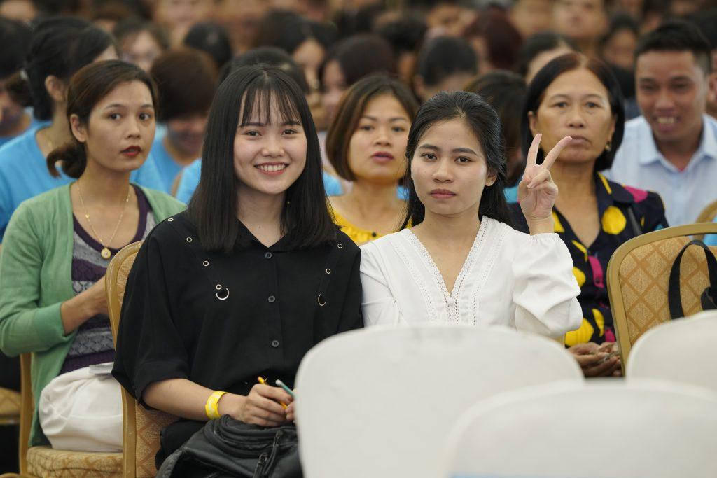 Học viên trong chương trình Đánh thức sự giàu có 41