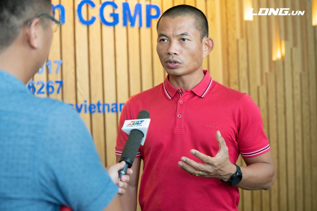 Diễn giả- luật sư Phạm Thành Long trả lời phỏng vấn đài truyền hình HTV